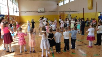 Rodzinne świętowanie w Szkole Podstawowej w Lechowie